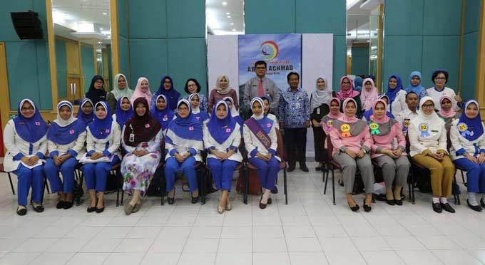 42 Tahun RSUD Arifin Achmad Menuju RS Pendidikan Kelas A
