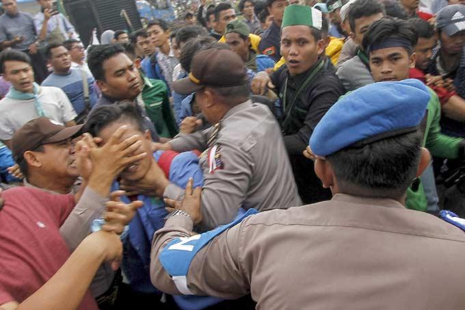 Sampaikan Protes Warga ke Pusat, Tolak Waduk Serbaguna Lompatan Harimau