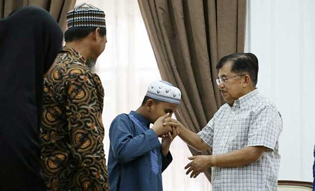 Fahrul Amin Unjuk Kemampuan di Depan Wapres