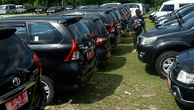 Pemprov Wacanakan Lelang Mobil Dinas