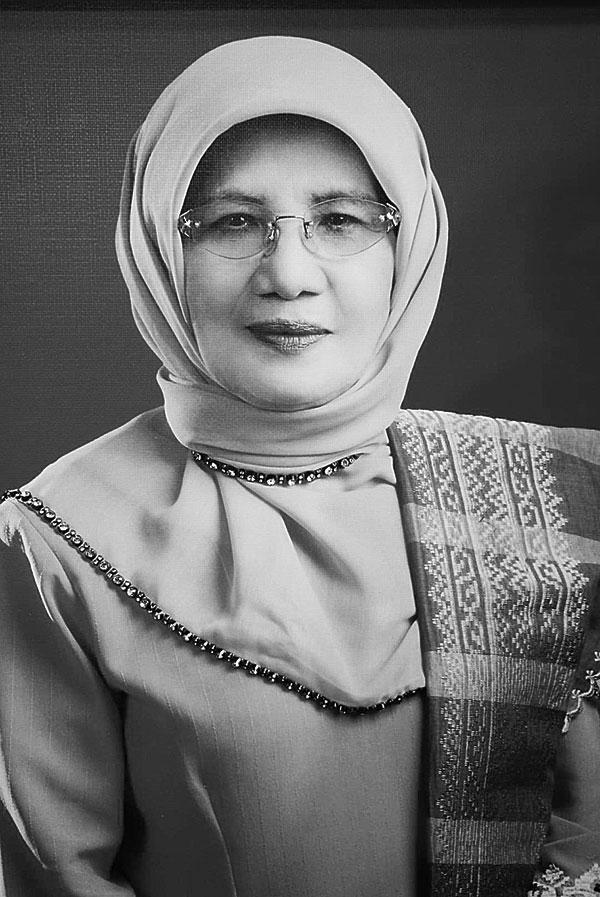 Riau Kehilangan Perempuan Tangguh