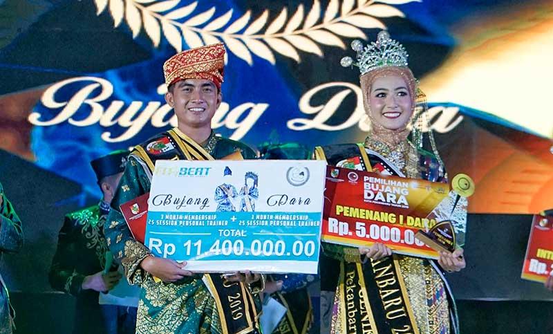 Farid Jhonathan dan Sarah Mutia Terpilih jadi Bujang Dara Pekanbaru 2019