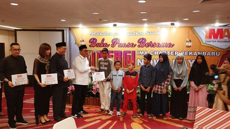 IMA Chapter Pekanbaru Santuni 100 Anak Yatim