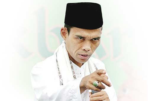 Terus Bujuk UAS Dampingi Prabowo