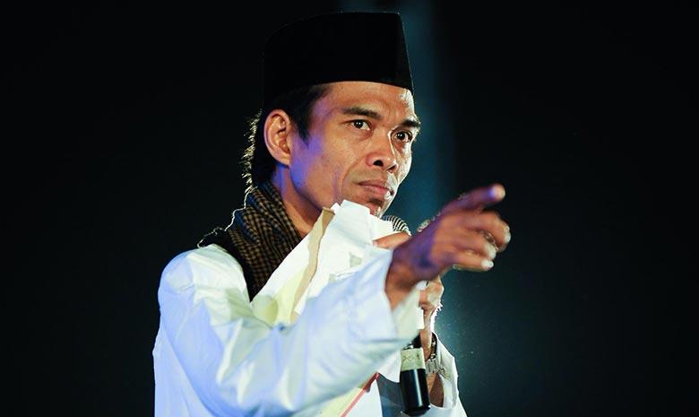 """UAS """"Diserang"""" Pascadukung Prabowo-Sandi"""