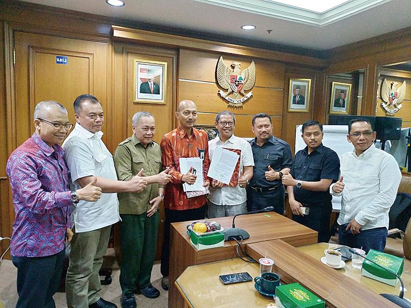 PLN Siap Alirkan Listrik ke Semua Desa di Riau