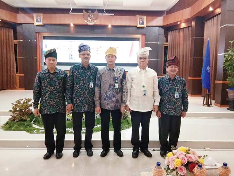 Kembangkan Soft Skill Pegawai, LPMP Sumbar Kunjungi LPMP Riau