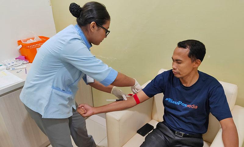 Peringati HPN, RS Awal Bros A Yani Berikan Free Medical Check Up