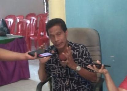 Kasmarni-Bagus Santoso Pilih Jalan Kaki dari Kantor PAN ke KPU