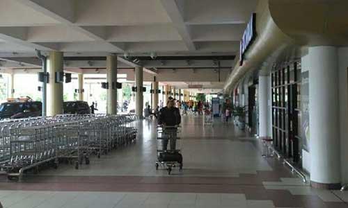 Bandara Internasional Minangkabau Lengang