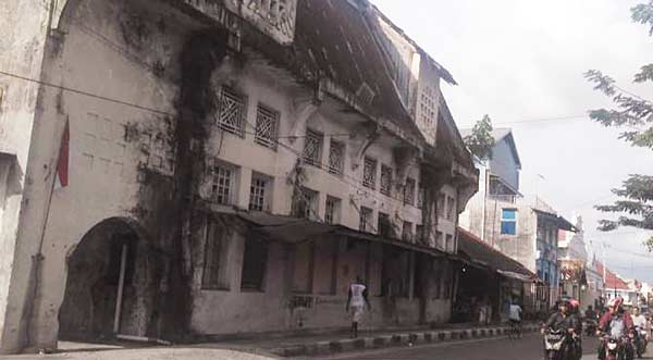 Kota Tua Padang, Wisata Sejarah yang Perlu Sentuhan