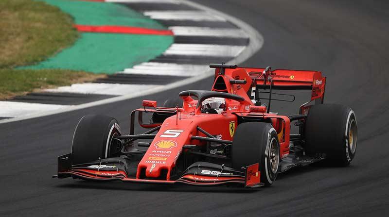 Dua Pembalap Ferrari Tercepat di Sesi Latihan Bebas