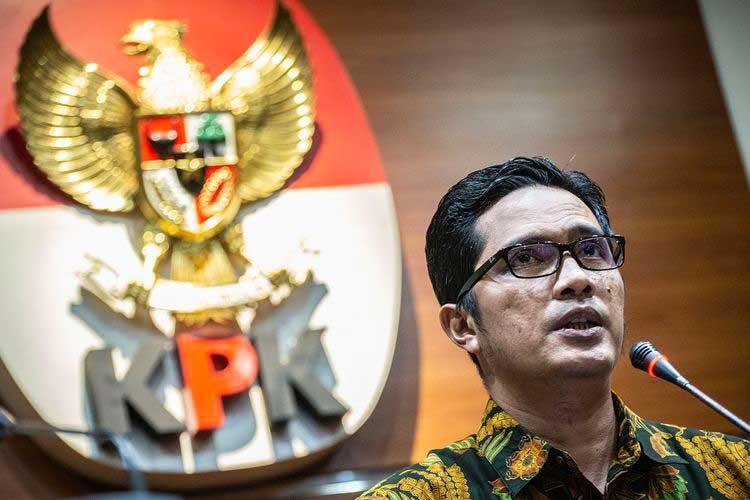 Mau Ditangkap, Staf Protokol Wali Kota Medan Tabrak Petugas KPK
