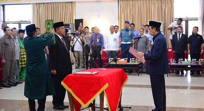 Ahmad Syah Harrofie Pj Sekdaprov RiauDiamanahkan Lima Tugas