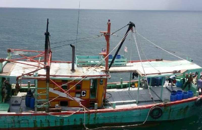 Dua Kapal Berbendera Malaysia Diamankan