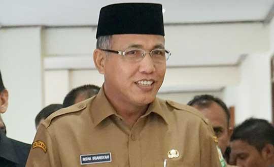 Plt Gubernur ��Cium Bau�� Tak Beres di Bank Aceh