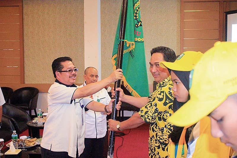 TC Berakhir, Kontingen Riau Dikukuhkan