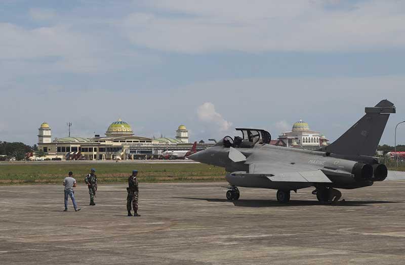 Jet Tempur Prancis Mendarat Darurat di Lanud SIM