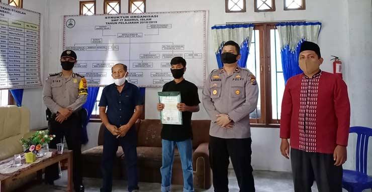 Habib Tak Mampu Bayar SPP, Kapolsek Tampan Turun Tangan