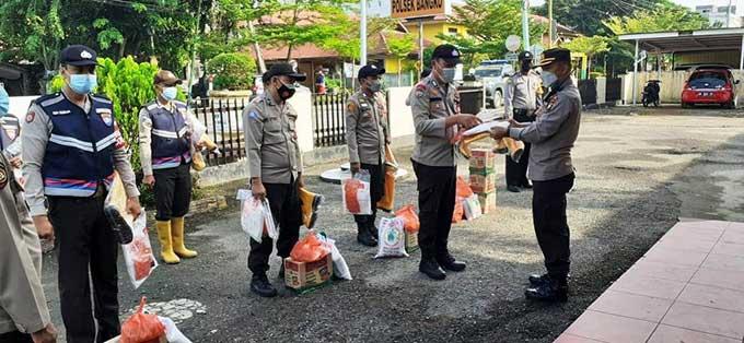 Polsek Bangko Serahkan APD kepada Bhabinkamtibmas