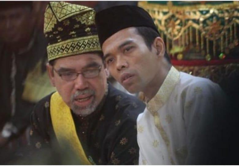 Dari Aceh, UAS Kirim Doa dan Puisi untuk Almarhum Datuk Seri Al Azhar