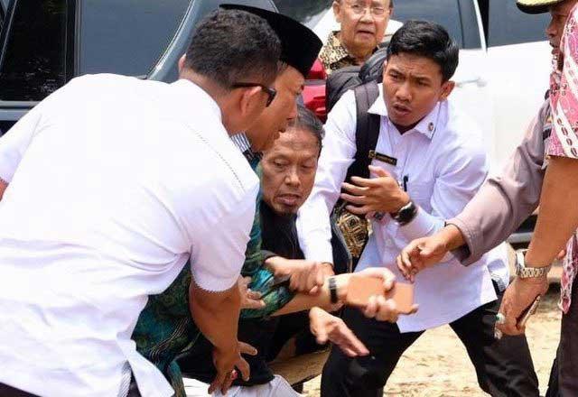 Alam Pakai Gunting, Fitri Pegang Kunai, Peran Penyerang Wiranto