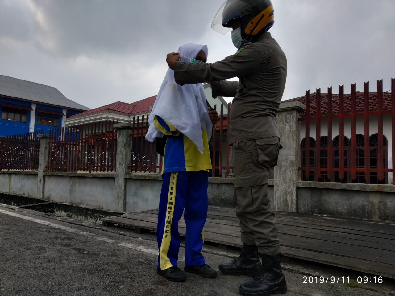 Perdana, 4.000 Masker Gratis Tersebar di Pusat Kepulauan Meranti