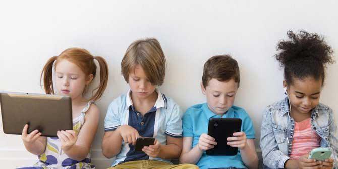 Awasi Anak Kecanduan Gadget, Bisa Berakhir di RSJ