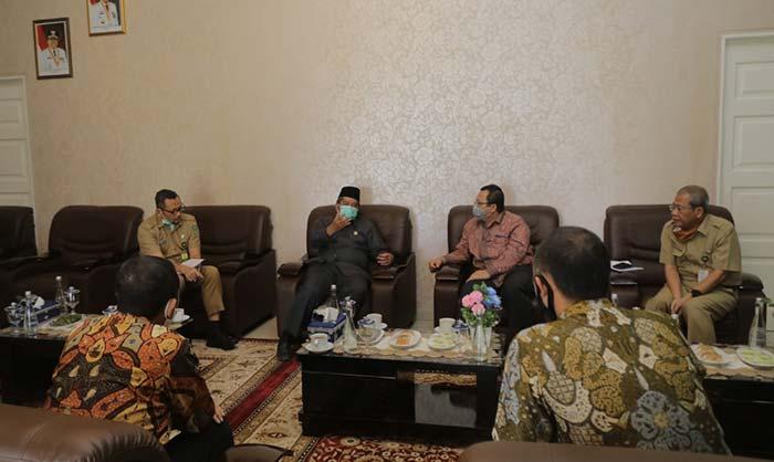 Pemkab-EMP Malacca Straits Bahas Eksplorasi Minyak