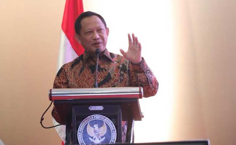 Indonesia Terima 10 Ribu Alat Tes dan APD Bantuan dari Singapura