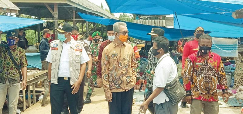 Pedagang Diharuskan Memakai Masker di Pasar