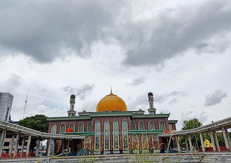 Wisata Ke Masjid Raya Senapelan