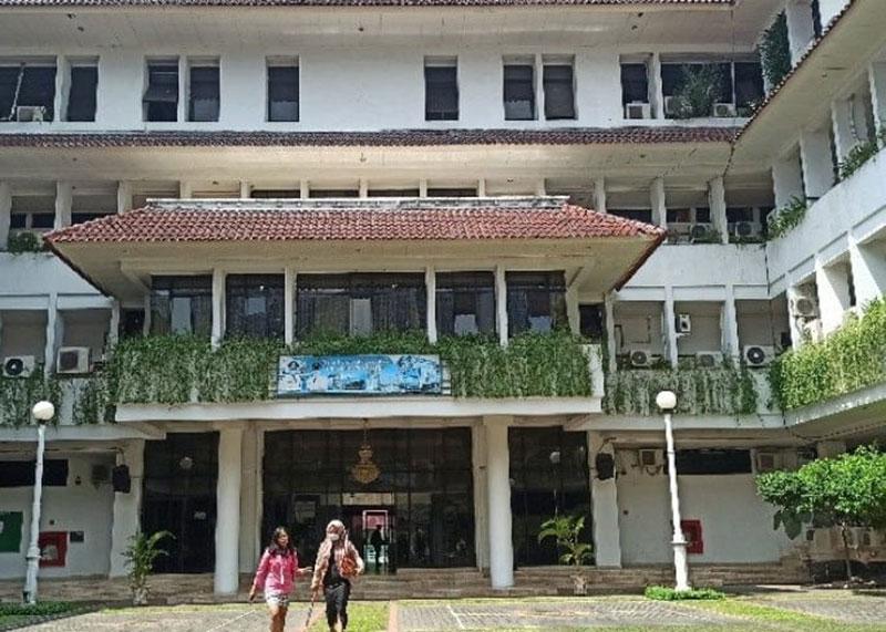 Kontak Erat Plt Wali Kota Medan Jalani Tes Swab
