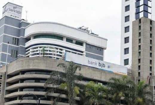 Bank BJB Peringkat Pertama Rating Bank Go Public versi InfoBank
