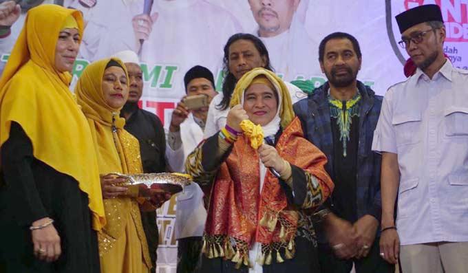Usai Tragedi di Riau, Nomor Neno Warisman Langsung Diblokir