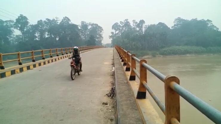 Di Inhu, Kabut Asap Tambah Pekat
