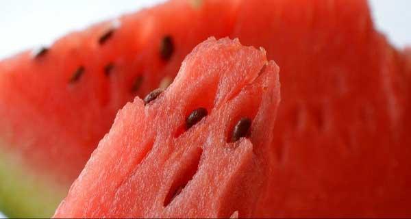 7 Manfaat Konsumsi Semangka bagi Ibu Hamil