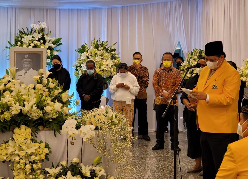 Wagub Papua Klemen Tinal Wafat, Airlangga: Golkar Kehilangan Putra Terbaik