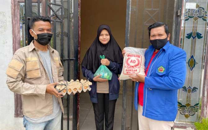 Mahasiswa Tak Bisa Pulang Kampung, Dibantu IKA UIR