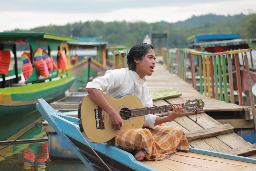 Tadarus Pandemi Puisi, Rumah Sunting Jadikan Dermaga sebagai Panggung