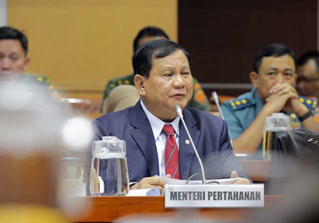 Jokowi Perintahkan Prabowo Nego Harga Alutsista