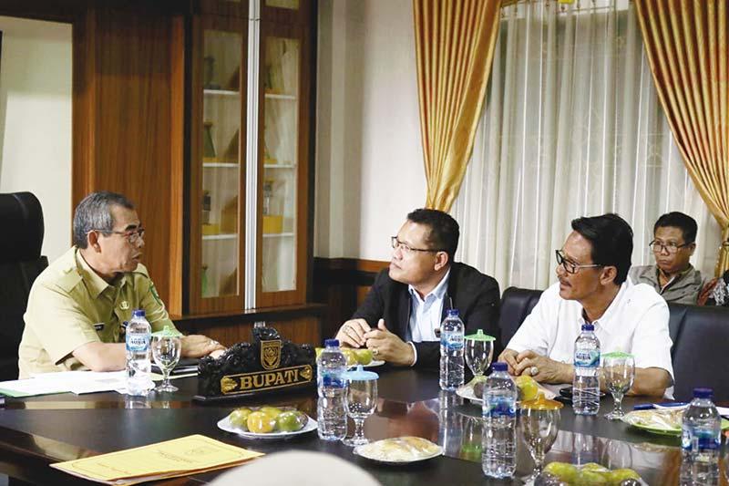 Komisi II DPRD Riau Beri Masukan ke Bupati