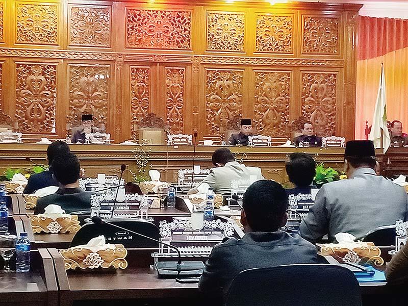 Fraksi DPRD Pertanyakan TPP untuk Pejabat Negara