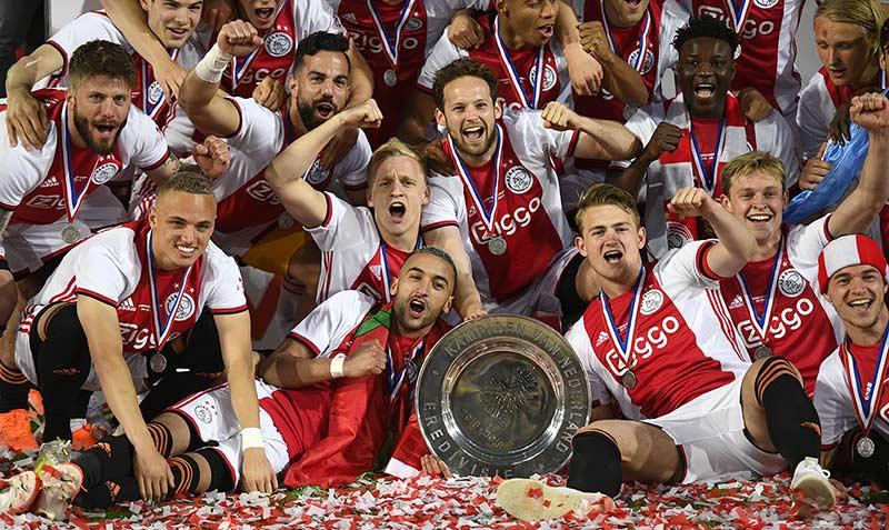 Ajax Akhiri Puasa Lima Tahun