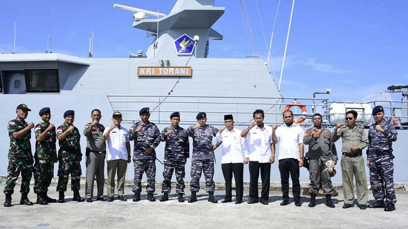 KRI Torani Berlabuh di Pulau Bengkalis