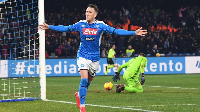 Dijinakkan Napoli, Juventus Gagal Jauhi Inter