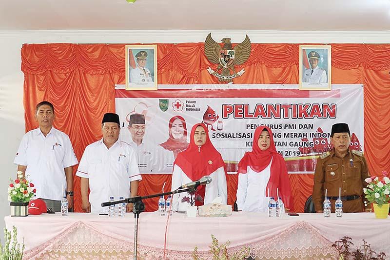 Zulaikhah Lantik Pengurus PMI Kecamatan Gaung