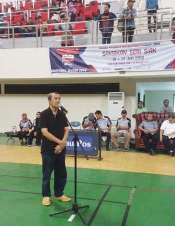 Syamsuar Buka Riau Pos HSBL Seri Siak