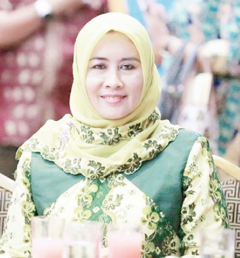 Zulaikhah Hadiri Pelantikan Pengurus PMI Riau
