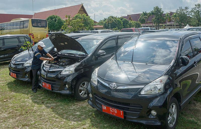 Bapenda Riau Kejar Penunggak Pajak Kendaraan Mewah